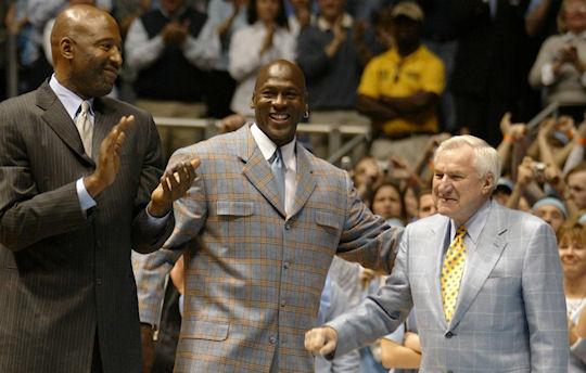 NBA 2010-2011  - Page 3 Dean-smith