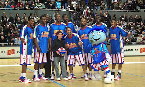 globe trotters basket