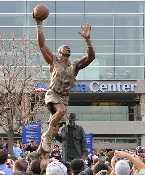 Basket Usa 187 Le Top 5 Des Statues De Joueurs Nba