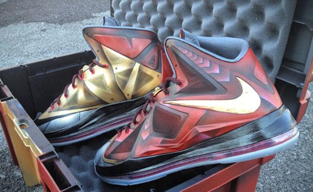 Une De S'est Fait James X Paire Lebron Chaussures Faire xXAwRCUBq