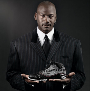 Michael Jordan et son image font toujours recette. Selon le magazine  Forbes, Le propriétaire des Charlotte Bobcats a été une fois encore le  sportif retraité ...