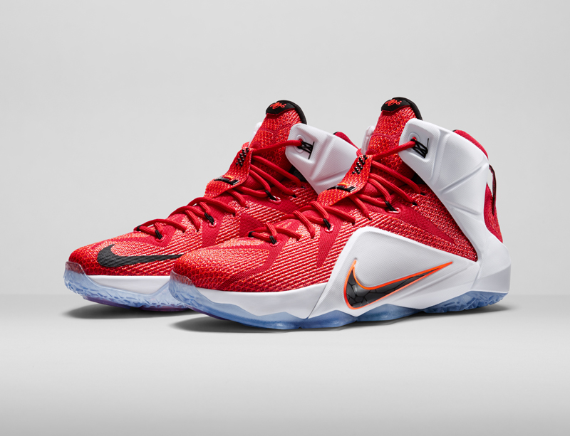 Test de chaussures : La Nike LeBron 12 | Basket USA