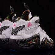 """Adidas : un modèle """"Neon Tribal"""" pour la Crazy 8"""