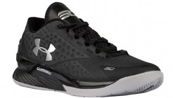 under-armour-curry-one-low-black-stealth
