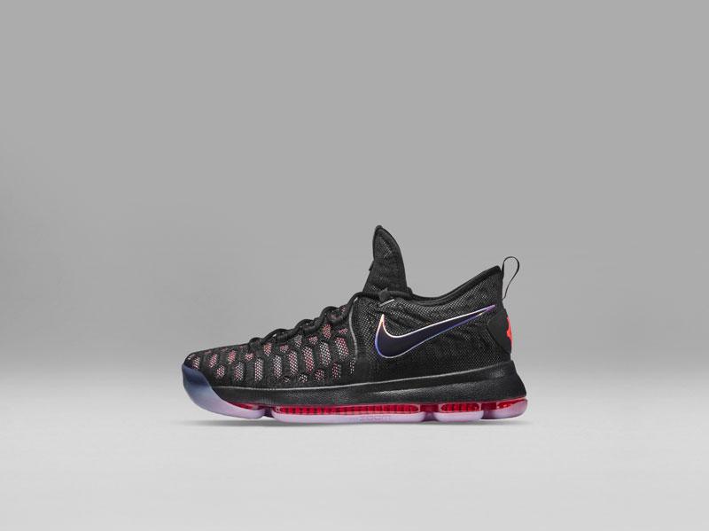 Nike présente déjà les KD9 et ! Hyperdunk 2016 ! et Basket USA eb120b