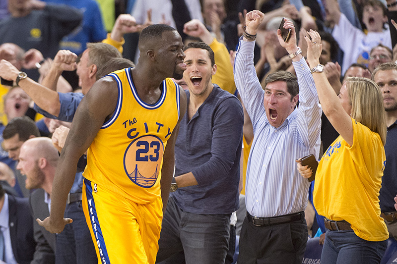 Golden State s'offre le Thunder et égale les Bulls de Jordan