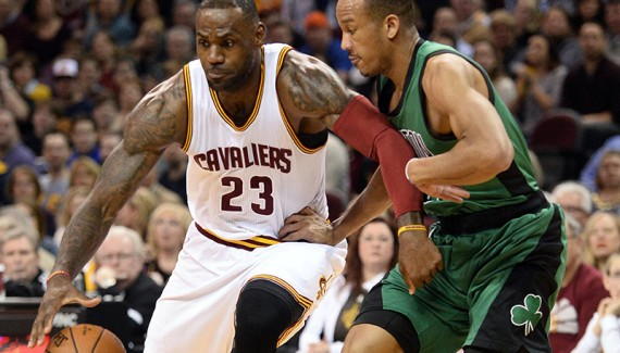 LeBron James impose sa loi aux Celtics