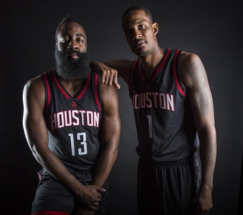 3c043e09115de Les Rockets vont enfin porter leur maillot noir | Basket USA