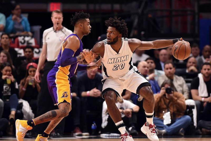 Une statue et un dunk éternel pour le ''Shaq — Lakers
