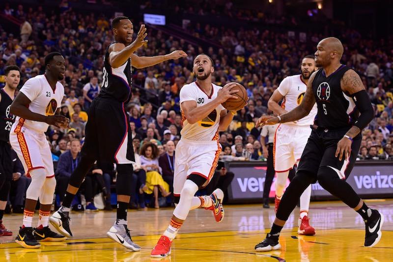 NBA: Golden State et Curry, quarantaines rugissantes