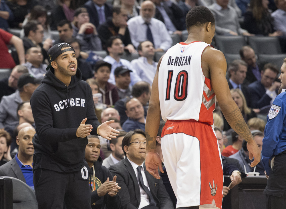 Drake va remettre les trophées NBA