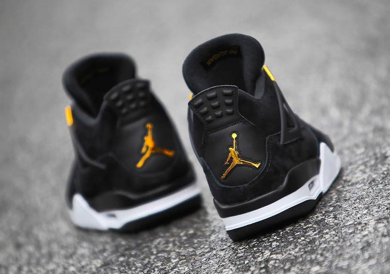 jordan-4-royalty-black-gold-7