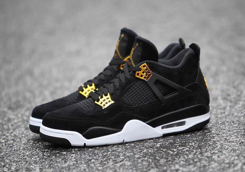 jordan-4-royalty-black-gold-7