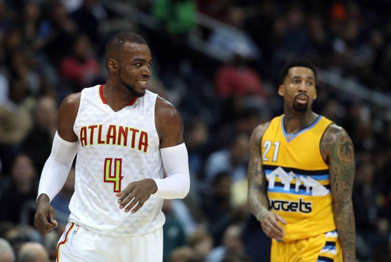 Denver incapable d'arrêter la puissance de feu des Hawks