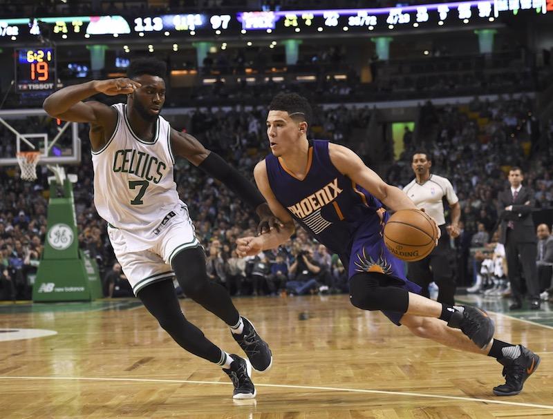 Booker bouscule l'histoire, Golden State reprend de l'altitude — NBA