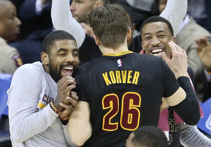 Cleveland, les pros du balayage ! (VF)