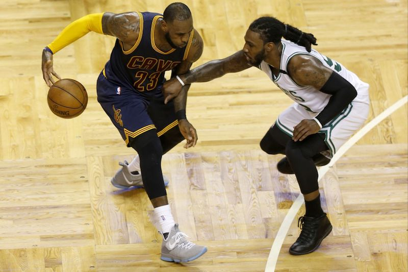Lebron james et kevin love sans piti avec les celtics for Interieur sport lebron james