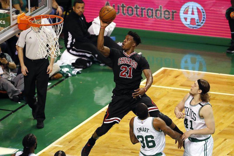 Les Bulls de Chicago envoient Jimmy Butler aux Timberwolves du Minnesota