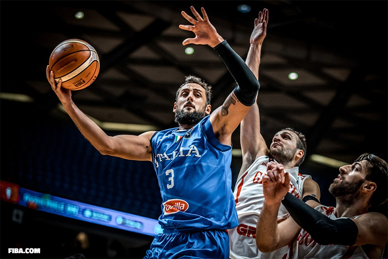 Basket: la Russie en demi-finales en battant la Grèce