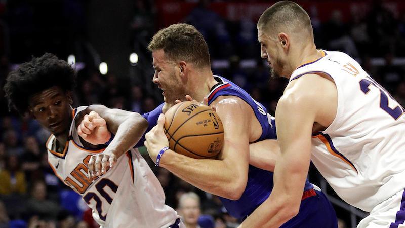 NBA: Phoenix limoge son entraîneur après trois matches