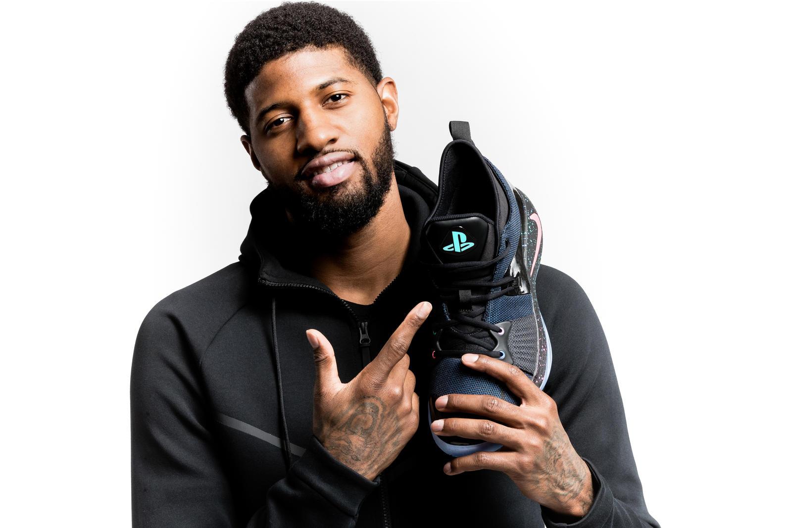 Nike présente une paire de sneakers aux couleurs de la PS4