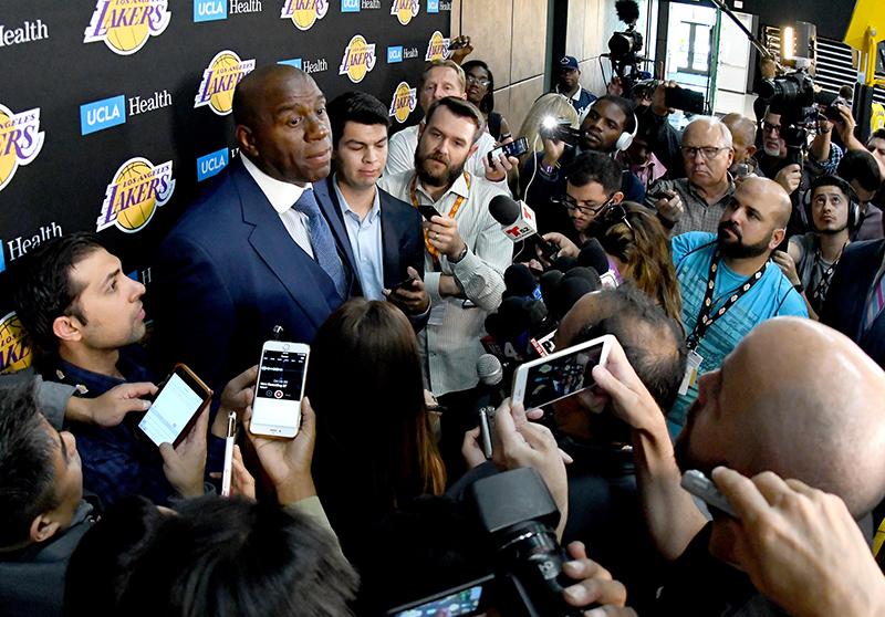 Magic Johnson sanctionné d'une amende pour avoir... complimenté un adversaire — NBA
