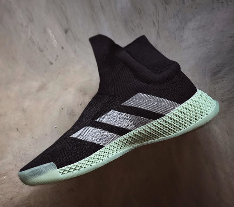 photos officielles e8556 7b79a Absence de lacets et impression 3D : adidas imagine l'avenir ...