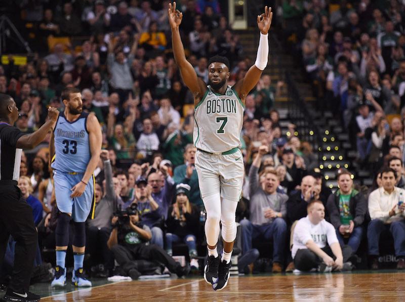 Boston composte son billet pour les play-offs — NBA