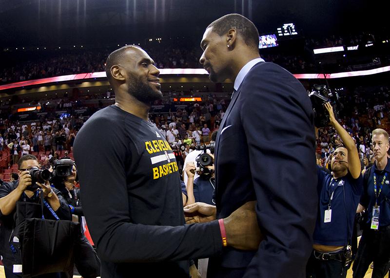 Houston chute à Toronto dans un match de haut niveau — NBA