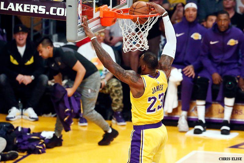 fee2d6abf9e6 La première grosse victoire des Lakers de la saison ne pouvait guère être  plus belle. Battre des Nuggets encore invaincus
