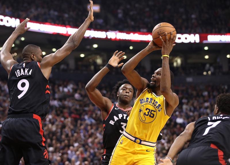 Basket Ball - Page 37 Durant-raptors