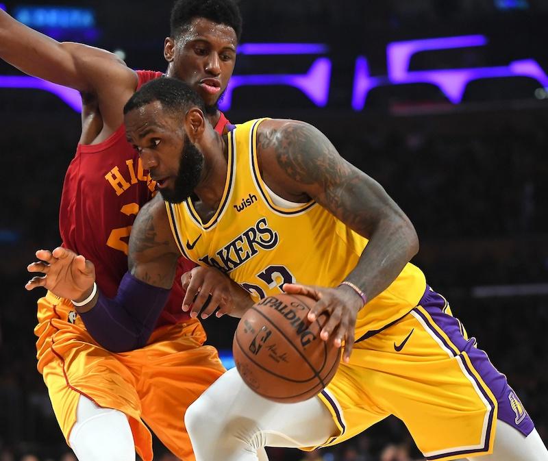 6ac7faad96d Les Lakers aiment se faire peur cette saison. Malgré 24 points d avance en  première période
