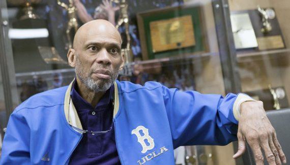 a261ba6dd1c Kareem Abdul-Jabbar met aux enchères quatre bagues de champion NBA Basket  USA - 02:57 AM ET February 27, ...