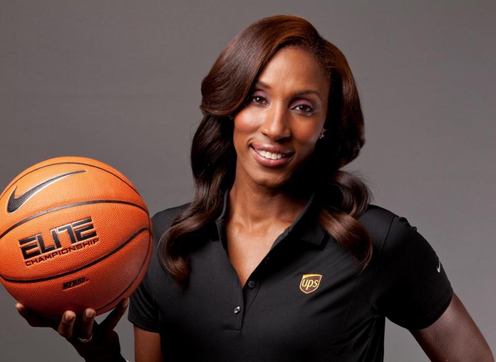 34600f0e9c5f4 Si elle n'a plus porté un maillot depuis 2009, Lisa Leslie a toujours un  pied dans le monde du basket. Au début de l'année, l'ancienne légende et  triple MVP ...