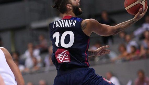 Avec un Evan Fournier record, la France repousse l'Italie