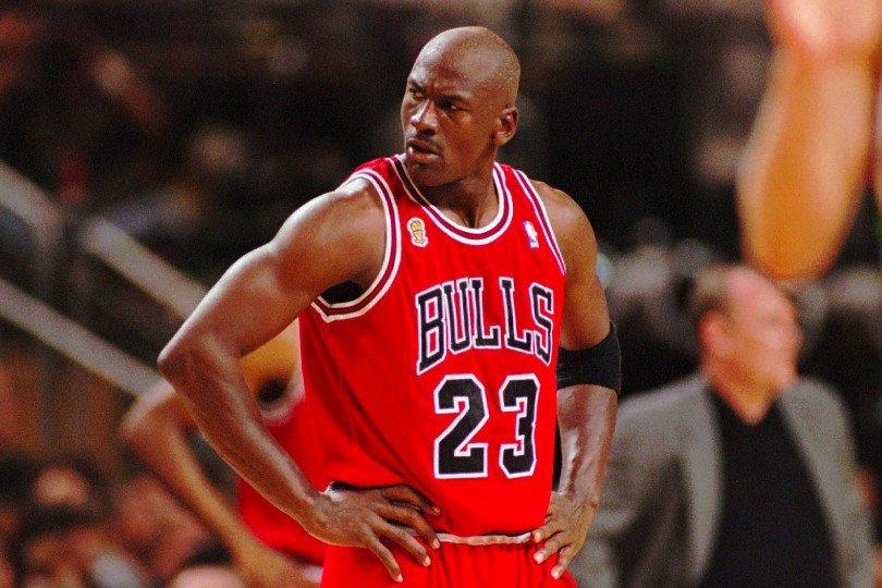 Para buscar refugio Afirmar Bosque  Michael Jordan, l'hypercompétiteur maladif | Basket USA