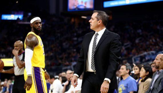 Pour Frank Vogel, le voyage de présaison en Chine a soudé les Lakers