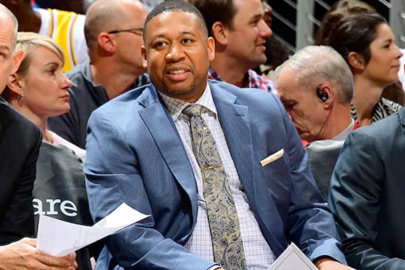 Assistant Coach Melvin Hunt Leaves Atlanta    NBA