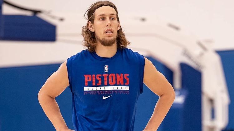 Kelly Olynyk Gives Many Piston Options |  NBA