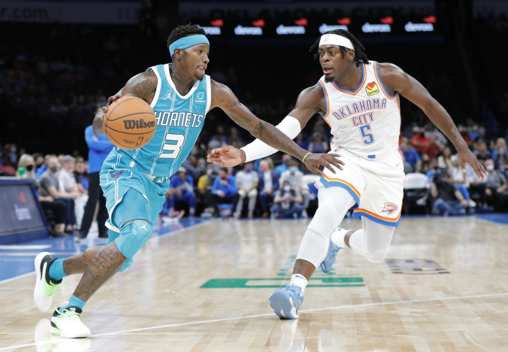 Preseason |  The Hornets face the Thunder |  NBA
